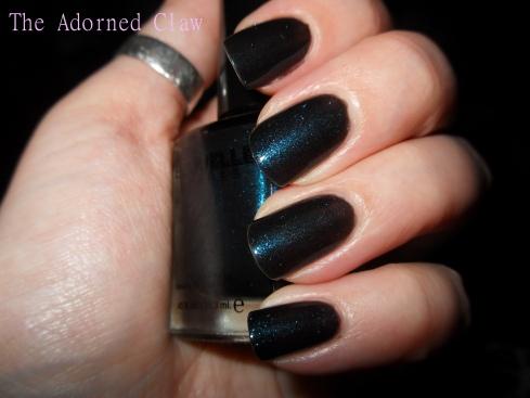 Blackened Bleu Swatch