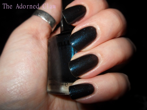 Blackened Bleu Swatch