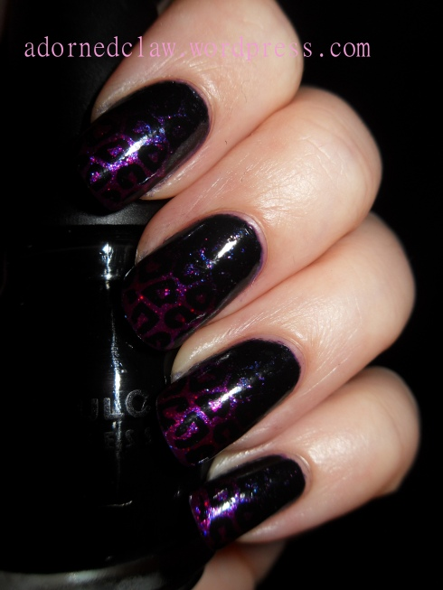 Glitter Gradient Leopard Nails