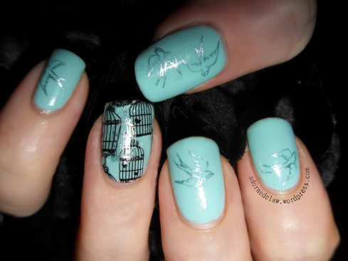 Bird Cage Nail Art