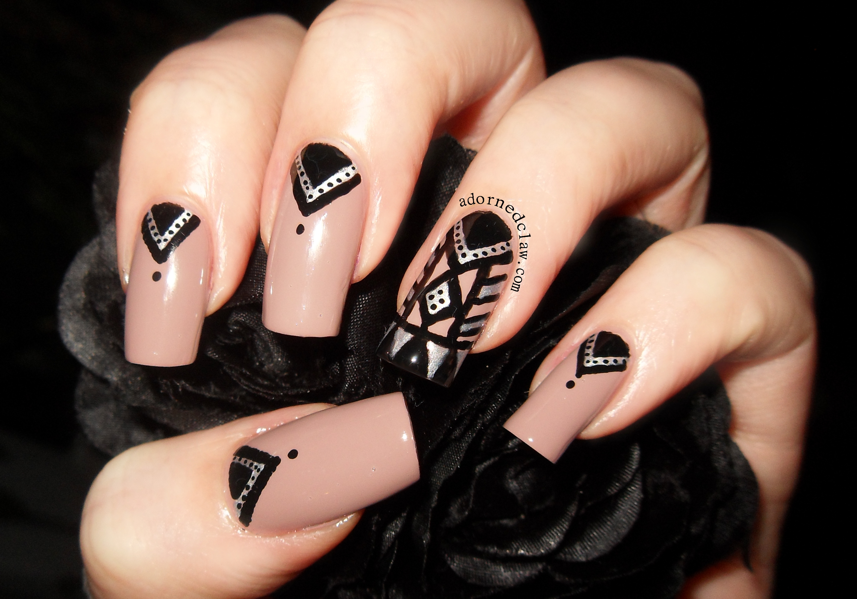 31DC2014 Day 16 Tribal Print Nail Art | The Adorned Claw