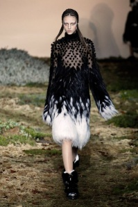 Alexander McQueen Fall/Winter 2014-2015