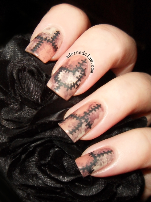 Halloween Skin Suit Nails