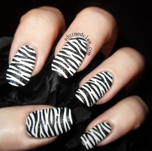 Textured Zebra Nails