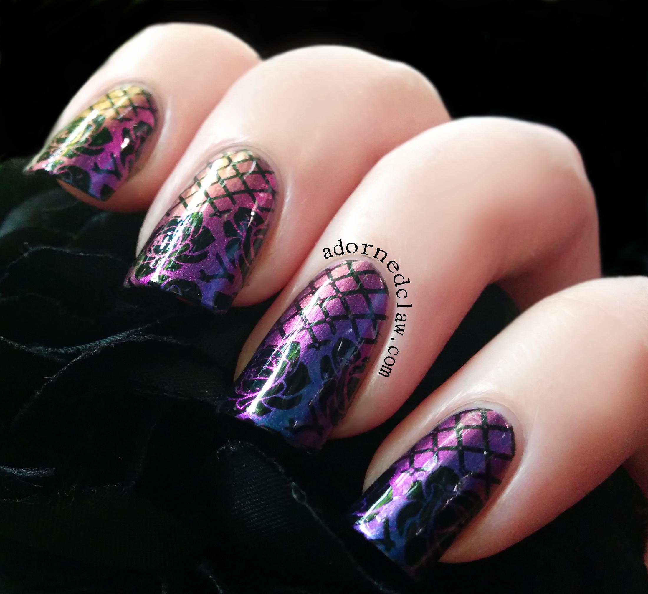 Gothic style nail art : Birefringence stamped with moyou gothic