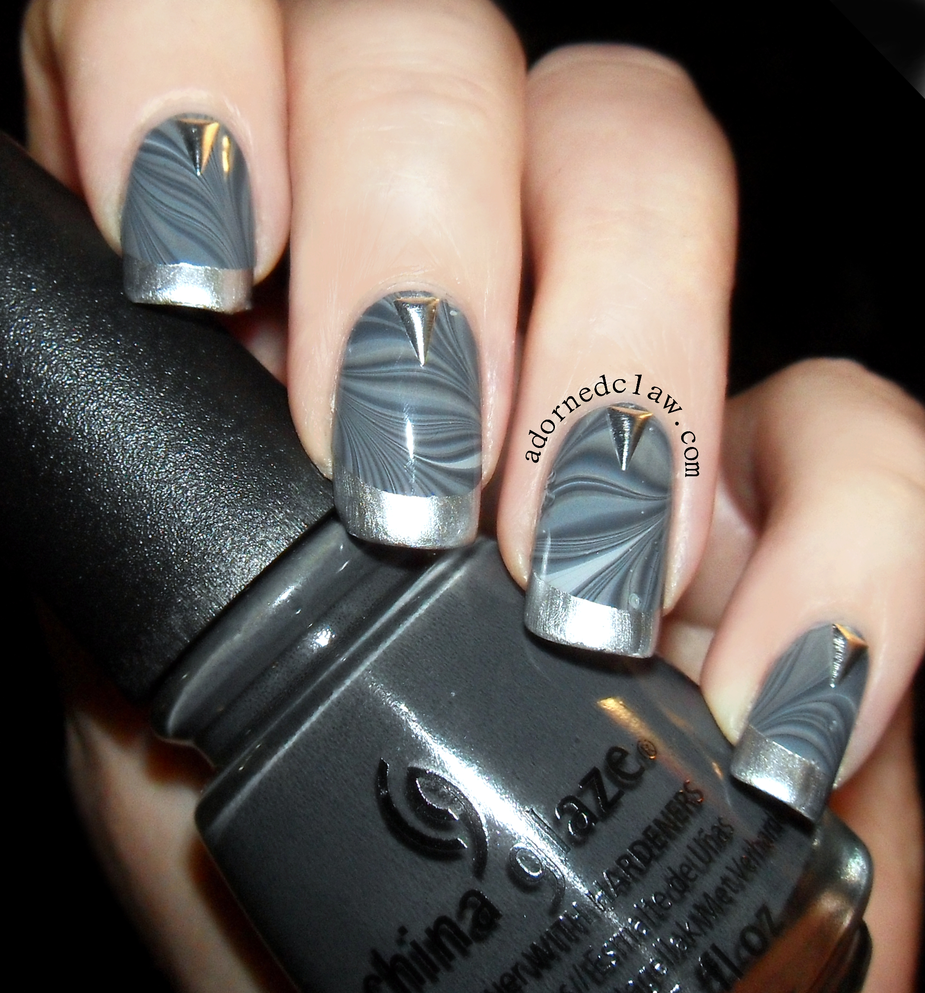 grey | The Adorned Claw