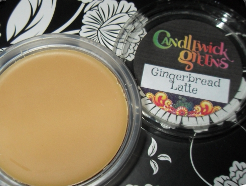 candlewick green wax melt tart gingerbread latte