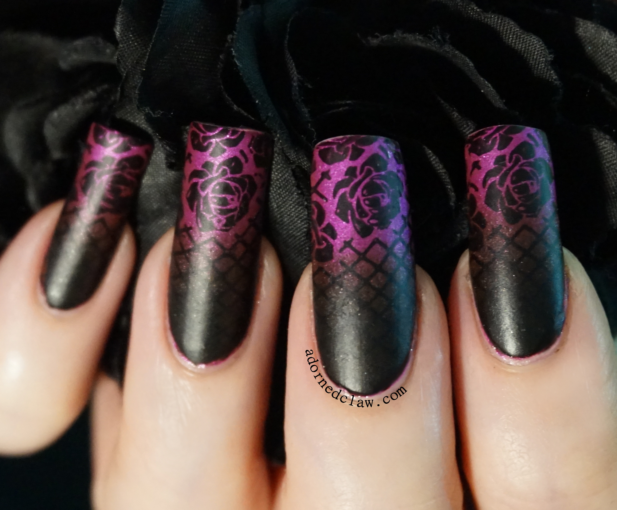 The adorned claw nail art gothic gradient nail art prinsesfo Image collections